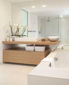 La seule évocation de son nom nous fait déjà rêver, la salle de bain zenc'est un concentré debien-être absolu. Couleurs déco, douche ou baignoire accueillante, sols et murs misant sur le naturel, en clair c'est une déco salle de bain digne d'un spa. Alors la salle de bain, livre nous vite tes secr