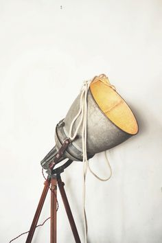 Giant vintage spotlight lamp – We collect similar beauties – Only/Once – www.onlyonceshop.com