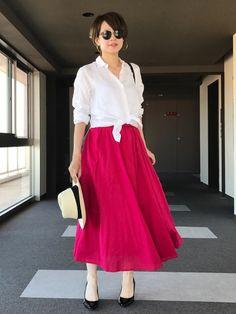 赤のマキシスカートでコーデ♡ リネンシャツどの相性ばっちり