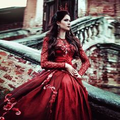 """13 Likes, 2 Comments - Tatiana Quetzal (@tatiana_quetzal_photo) on Instagram: """"The Queen of Hearts #tatianaquetzal"""""""