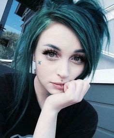 Colored hair and other amazing hairstyles and things i like. Dark Green Hair, Teal Hair, Goth Beauty, Hair Beauty, Pretty Hairstyles, Girl Hairstyles, Gothic Hairstyles, Cute Emo Girls, Emo Scene Hair
