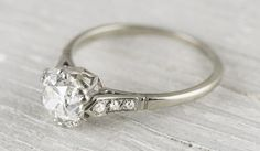 5 Vintage Engagement Rings That Stand Out