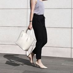 Get what you want link in bio . .. #bag #shopping #lifestyle #hielevencom #minimal #minimalism #fashion #simple #leather #bags #styles #simplicity #design #love #timeless #beauty #loveit #photography #instastyle #chic #handbag #purse #tictail #white #ootd