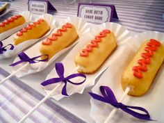 Twinkie Corn Dogs - cute dessert idea for a Baseball Party! Softball Party, Baseball Birthday Party, Carnival Birthday Parties, Circus Party, Sports Birthday, Circus Circus, Circus Theme, Theme Parties, Corn Dogs