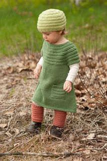 I wish this basic knit dress was in my daughters size!!  Pattern only goes up to 6 yr.