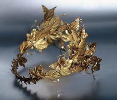 tiara (brass, gold, strass) © by Valentim Quaresma