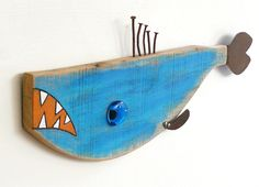 Found object and reclaimed old wood fish art, Funky fun whimsical wall art, Al CARP-own 4 Fish Crafts, Beach Crafts, Rock Crafts, Driftwood Fish, Driftwood Projects, Wooden Fish, Fish Sculpture, Rock Decor, Found Object Art