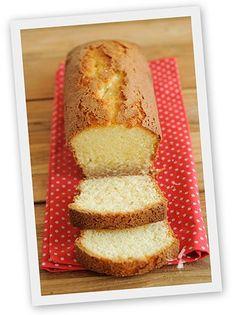 Une recette de gâteau traditionnel de Bretagne : le quatre-quarts breton ! Découvrez aussi tous nos conseils pour réussir votre quatre-quarts et le rendre encore meilleur !