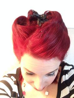 Rockabilly Hair Rockabilly Hair, Hey Good Lookin, Pin Up Hair, Updos, Hair And Nails, Pinup, Hair Makeup, Hair Beauty, Hairstyles