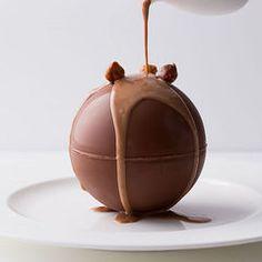 ピエール・エルメのショコラをザ・リッツ・カールトン京都のバーで - 昼下がりの時間帯限定の写真1