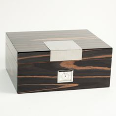 Lacquered wood humidor by Bey-Berk International, cedar lined with hygrometer & humistat, holds 60 cigars.