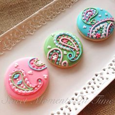 I had a lot of super fun. - Sweet Moments In Time Super Cookies, Mini Cookies, Fancy Cookies, Iced Cookies, Cupcake Cookies, Cookie Icing, Royal Icing Cookies, Chocolates, Biscuits