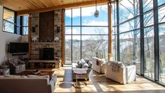 Chalet Chic Living Room Ideas, Luxurious and Comfortable