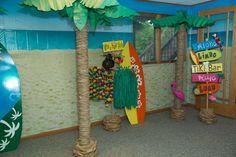 Luau / Hawaiian Birthday Party Ideas | Photo 5 of 18