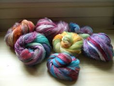 Interesting article on spinning art yarns.