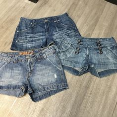 3 pair denim shorts Piama, hydraulic and rue 21. The rue 21 pair is missing inside button but still cute and wearable! See picture 3 Hydraulic Shorts Jean Shorts