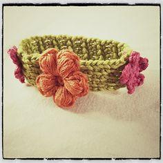 Tunisian Flower bracelet in crochet... Free pattern!!