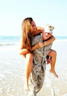 25 Trendy ideas for photography poses couples military Military Couples, Military Love, Army Love, Military Weddings, Army Wedding, Military Humor, I Look To You, Army Girlfriend, Boyfriend