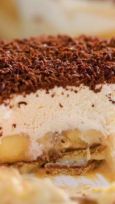 Brownie Recipe Video, Brownie Recipes, Cake Recipes, Dessert Recipes, Cheesecake Factory Recipes, Easter Recipes, Brunch Recipes, Sweet Recipes, Cakes That Look Like Food