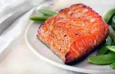 Miso Glazed Salmon with Snap Peas. This miso glazed salmon is an excellent source of fatty acids and vitamin D. Serve it with snap peas for dinner tonight! Pea Recipes, Salmon Recipes, Fish Recipes, Seafood Recipes, Cooking Recipes, Quick Recipes, Recipies, Easy Healthy Dinners, Healthy Dinner Recipes