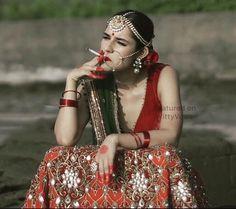 Fantastic Wedding Advice You Will Want To Share Gold Lehenga Bridal, Indian Wedding Lehenga, Indian Bridal, Beautiful Indian Brides, Beautiful Girl Image, Beautiful Bride, Indian Wedding Photography Poses, Girl Photography Poses, Bridal Jewellery Inspiration