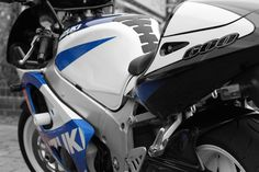 https://flic.kr/p/85anoj | Paul Watson's Suzuki GSXR 600 | Changed from full colour to Black & White and then brought back the blue on the bodywork.