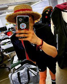 GD; Gdragon; Jiyong; Kwon Jiyong; Bigbang; 권지용 ; 지드래곤 Gd Bigbang, Bigbang G Dragon, Gd And Top, Ji Yong, Kpop, Photo And Video, Instagram, Husband, Twitter