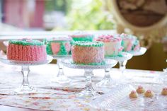 Dessert table with dyi glass cake stands - tutorial