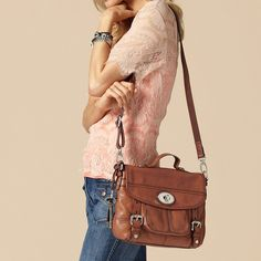 I love this Fossil Maddox Small Workbag in chestnut