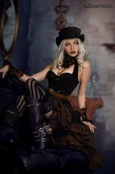 Steampunk photography by Martin Wong http://www.rencontres-rondes.com/?siteid=1713452