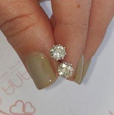 #jewelry #earrings #studearrings #14kwhitegold #diamondearrings #bridalearrings #weddingearrings #fineearrings #2caratsdiamonds #genuinediamonds #6prongsearrings #engagementearrings #solitaireearrings #diamondstuds #bridesmaidearrings #pushbackearrings Bridesmaid Earrings, Wedding Earrings, Wedding Jewelry, Solitaire Earrings, Diamond Earrings, Radiant Engagement Rings, White Gold Diamonds, Gold Gold, Diamond Studs