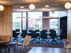 Haugaland Kraft, kontorbygg   JK Arkitektur Conference Room, Table, Furniture, Home Decor, Decoration Home, Room Decor, Tables, Home Furnishings, Home Interior Design
