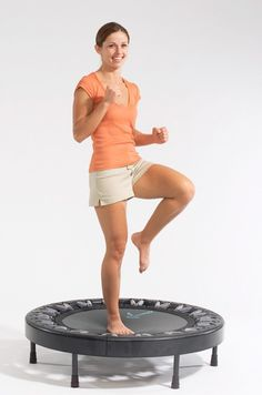 Get 5 Benefits Of Rebounding & Learn Why Rebounding (Jumping Up & Down On A Mini Trampoline) Is The Most Effective Exercise For Weight Loss, Bone Density & Mini Trampoline Workout, Rebounder Trampoline, Fitness Trampoline, Exercise To Reduce Thighs, Endurance Workout, Reduce Cellulite, Trampolines, Stay In Shape, Yoga Sequences