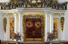 Weekend Inspiration: Outdoor Christmas Decorating