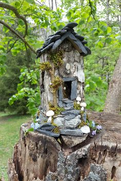 Fairy house - almond milk carton base, with birch bark sides, slate stone roof, rock base, and moss - by Ellen Fairy Garden Houses, Fairy Gardens, Backyard Ideas, Garden Ideas, Fairy Village, Craft Projects, Craft Ideas, Slate Stone, Birds And The Bees