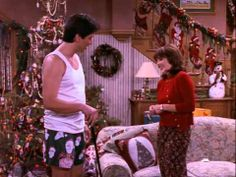 ▷ Everybody Loves Raymond 04x12 Whats With Robert - YouTube ...