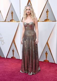 Jennifer Lawrence in Christian Dior - The Best Dressed On The 2018 Oscars Red Carpet - Photos