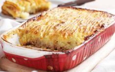 Tastee Recipe You May See Tears Of Joy When You Serve This Stupendous Cottage Pie To Your Family - Page 2 of 2 - Tastee Recipe Irish Recipes, Pie Recipes, Cooking Recipes, Casserole Dishes, Casserole Recipes, Tastee Recipe, Beef Pies, Leftover Mashed Potatoes, Venison
