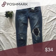 BDG Urban Outfitters Mid-Rise TWIG Gazer Jeans Like new, without tags, 98% Cotton, 2% Spandex Urban Outfitters Jeans Ankle & Cropped