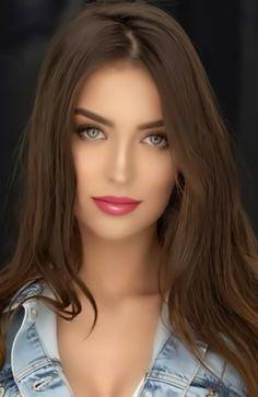 Lovely Eyes, Most Beautiful Faces, Stunning Eyes, Beautiful Lips, Beautiful Women Pictures, Beautiful Girl Image, Beauty Full Girl, Beauty Women, Brunette Beauty