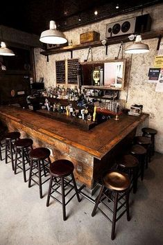 Vintage Bar chairs? Yes, please. check out the best bar chairs we have ever seen!| www.barstoolsfurniture.com