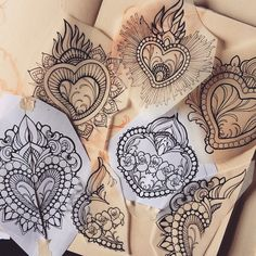 SUNDAY at the @milanotattooconvention i will do WALK-INS !! I will have 6 drawing of Ex-Voto / sacred heart ready for youuuu, first come first served!! Remember only Sunday :))!!! #exvotoDay #tattoo #missjuliet