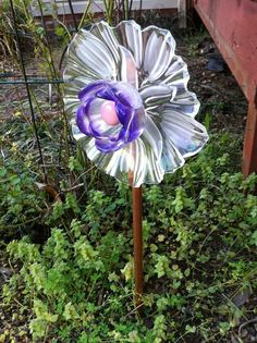 Garden Galleries - Glass Garden Flowers - GardenWeb