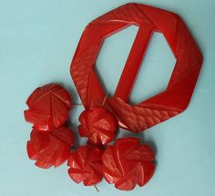 Vintage Red Carved Bakelite Buttons and by RecaptureMemories, $55.00