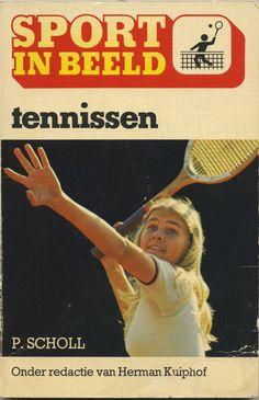 Sport in beeld - Tennissen - vintage book cover