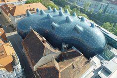 Museo Kunsthaus Graz, Graz,,Austria. Sir Peter Cook and Colin Fournier.