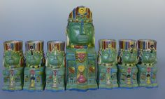 Unique vintage Mexican folk art, vintage Mexican pottery, Mexican fine art, Early California art and contemporary Chicano art.