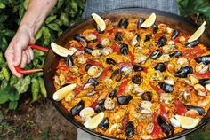 Crown Paella shares the recipe for an unforgettable backyard summer party.