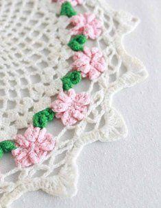 Vintage Floral Doilies #crochet