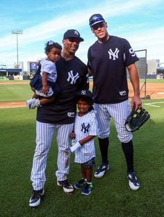 930d9982714 Russell Wilson at Yankees Spring Training